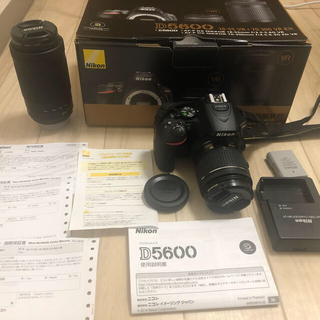 Nikon - Nikon d5600 ダブルズームキッド 18-55 70-300