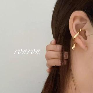 HYKE - 凹凸EAR CUFF gold