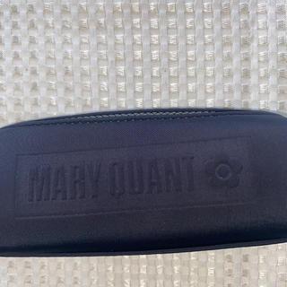 マリークワント(MARY QUANT)のマリークワントコスメエンボスオーバーオールポーチ(ボディバッグ/ウエストポーチ)