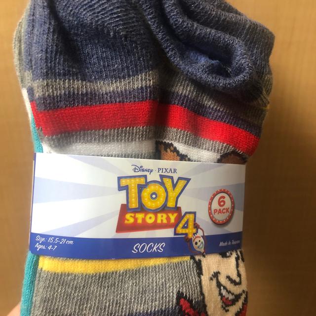 Disney(ディズニー)の新品ディズニー トイストーリー4【6足セット】:15.5〜21cm 靴下 キッズ/ベビー/マタニティのこども用ファッション小物(靴下/タイツ)の商品写真