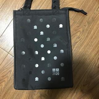 ユニクロ(UNIQLO)のユニクロの保冷バッグ(ノベルティグッズ)