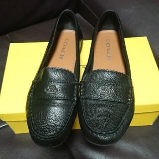 コーチ(COACH)の未使用に近い COACH ローファーサイズ361/2(ローファー/革靴)