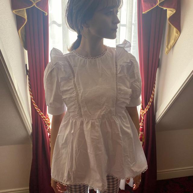 snidel(スナイデル)のbibiy ❤︎ pepuramu frill blouse レディースのトップス(シャツ/ブラウス(半袖/袖なし))の商品写真
