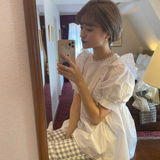 snidel - bibiy ❤︎ pepuramu frill blouse