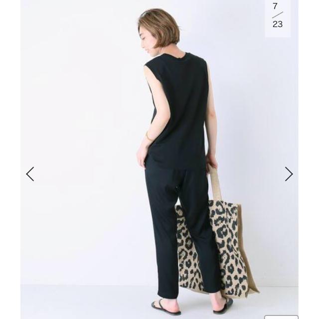 DEUXIEME CLASSE(ドゥーズィエムクラス)のシルクサテンパンツ ブラック 38  未開封新品タグ付き 試着無し レディースのパンツ(カジュアルパンツ)の商品写真