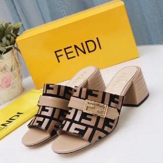 FENDI   サンダル  22.5cm-25cm