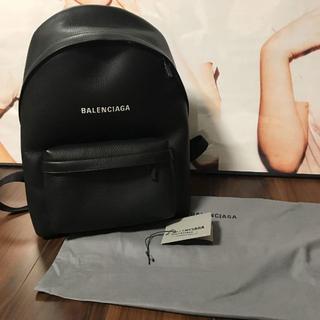 Balenciaga - 美品 BALENCIAGAロゴレザーバックパック
