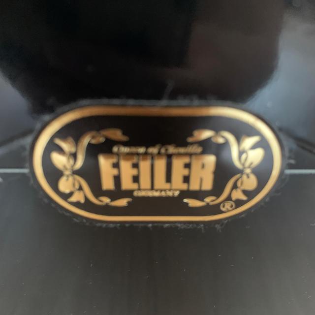 FEILER(フェイラー)のベンツノベルティ フェイラーハンカチハンドタオルピンククマ新品 エンタメ/ホビーのコレクション(ノベルティグッズ)の商品写真