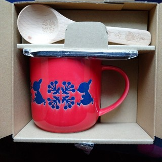 フェリシモ(FELISSIMO)のムーミン スプーン・フェルトコースター・スプーン付きマグカップ (リトルミィ)(グラス/カップ)