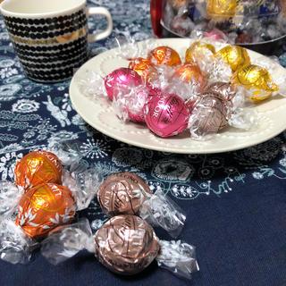 リンツ(Lindt)のリンドール(菓子/デザート)