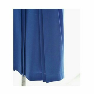 ノートエシロンス(note et silence)のpleats skirt(ひざ丈スカート)