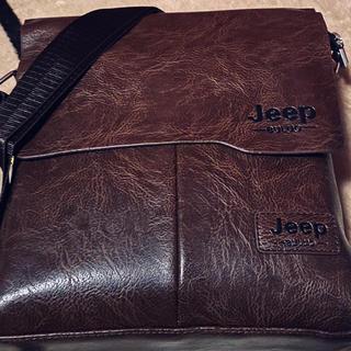 ジープ(Jeep)のJeep ショルダーバッグ カーキ メッセンジャーバッグ レザー BULUO(ショルダーバッグ)