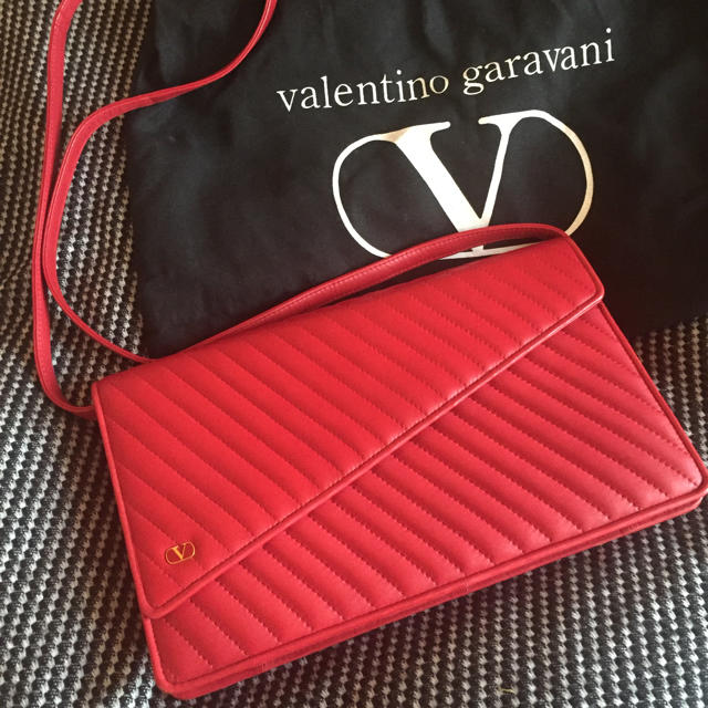valentino garavani(ヴァレンティノガラヴァーニ)のRYO4様お取り置き♡ レディースのバッグ(クラッチバッグ)の商品写真