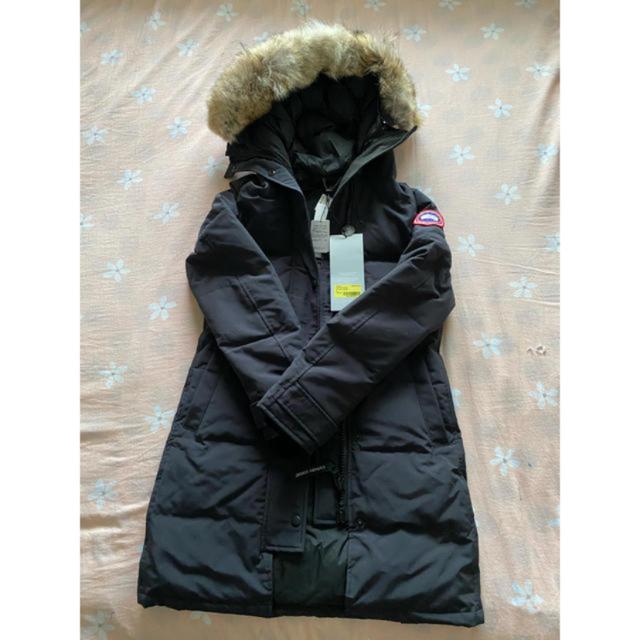 CANADA GOOSE(カナダグース)のCANADA GOOSE カナダグース 新品  レディースのジャケット/アウター(ダウンコート)の商品写真