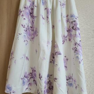 マーキュリーデュオ(MERCURYDUO)のマーキュリーデュオフラワースカート(ひざ丈スカート)