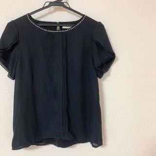 TRUDEA アストリアオディール パール付きトップス(シャツ/ブラウス(半袖/袖なし))