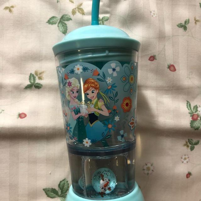 Disney(ディズニー)のアナと雪の女王  プラスチックコップ アナ雪  インテリア/住まい/日用品のキッチン/食器(グラス/カップ)の商品写真