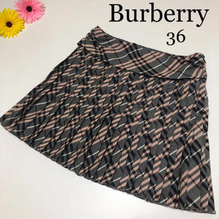 バーバリー(BURBERRY)のバーバリー プリーツ スカート チェック 36 セリーヌ グッチ (ミニスカート)