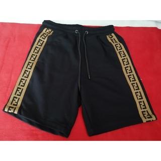 フェンディ(FENDI)のフェンディ FENDI半ズボン メンズ ブラックv(ショートパンツ)