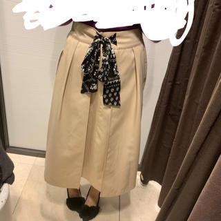 ザラ(ZARA)のZARA リボン付きロングスカート(ロングスカート)