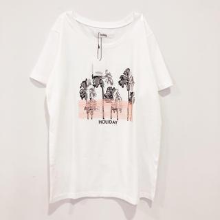ホリデイ(holiday)の【新品/未使用】holiday / ヤシの木ラバープリントTシャツ(Tシャツ(半袖/袖なし))