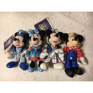 ディズニー(Disney)のディズニー ミッキー &ミニーぬいぐるみバッジ 4体セット(キャラクターグッズ)
