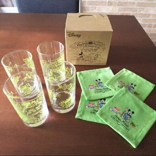 新品!212キッチンストアミッキー&ミニー グラス&コースターセット(グリーン)(グラス/カップ)