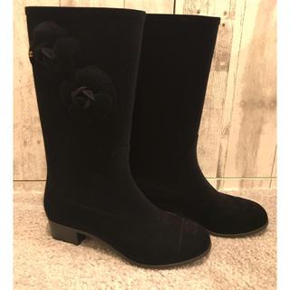 シャネル(CHANEL)のCHANEL シャネル カメリアレインブーツ ロングブーツ 黒 37(レインブーツ/長靴)
