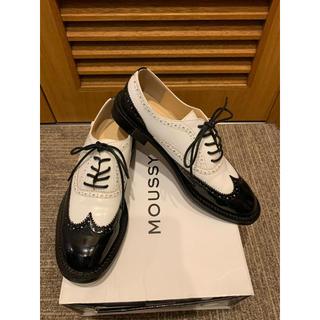 マウジー(moussy)のマウジーのウイングチップシューズ 24.5cm美品(ローファー/革靴)