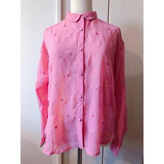 イーハイフンワールドギャラリーボンボン(E hyphen world gallery BonBon)のピンクハート刺繍シースルーブラウス(シャツ/ブラウス(長袖/七分))