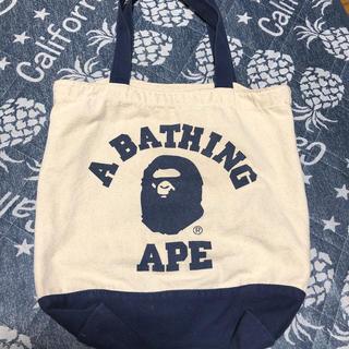 アベイシングエイプ(A BATHING APE)の*A BATHING APEバッグ*(トートバッグ)