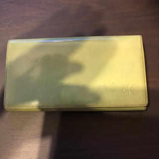 カルバンクライン(Calvin Klein)のカルバンクライン CALVIN KLEIN エナメル 長財布(財布)