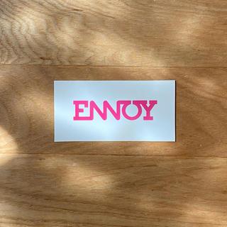 ワンエルディーケーセレクト(1LDK SELECT)のENNOY ■ ステッカー ピンク(その他)