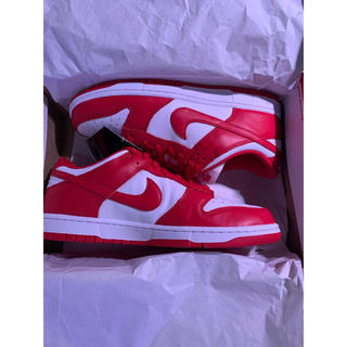 ナイキ(NIKE)のNIKE DUNK LOW SP UNIVERSITY RED 新品(スニーカー)