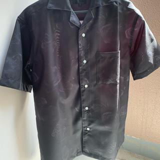 ピースマイナスワン(PEACEMINUSONE)の薔薇柄 黒シャツ 韓国(シャツ)