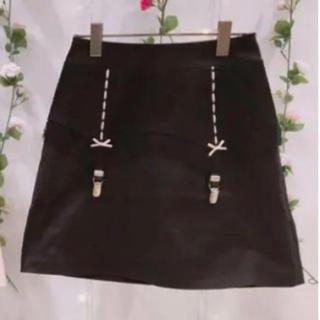 ハニーシナモン(Honey Cinnamon)のHoney Cinnamon ガーター スカート ブラック(ミニスカート)