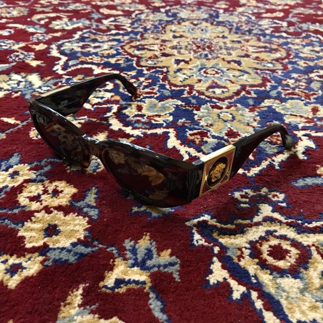 Gianni Versace(ジャンニヴェルサーチ)のVINTAGE VERSACE medusa sunglasses メンズのファッション小物(サングラス/メガネ)の商品写真