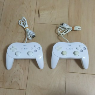 ウィー(Wii)のwii PROコントローラー 2個セット(家庭用ゲーム機本体)