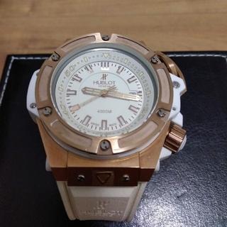 HUBLOT - 【超激極美品】ウブロ、ワンプッシュ式かなりごっついホワイトの自動巻腕時計BOX付