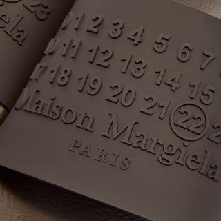 マルタンマルジェラ(Maison Martin Margiela)の【国内未発売カラー】Margiela マルジェラ ロゴスライズ ブラウン 28(サンダル)