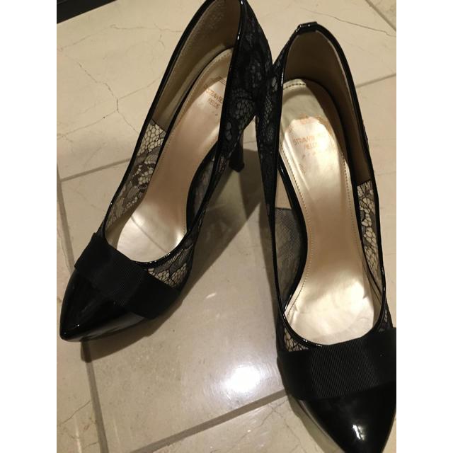 STRAWBERRY-FIELDS(ストロベリーフィールズ)のストロベリーパンプス黒ポインテッド レディースの靴/シューズ(ハイヒール/パンプス)の商品写真