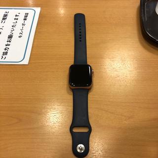 アップルウォッチ(Apple Watch)のApple Watch series 4   gold(腕時計(デジタル))