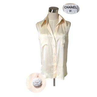 シャネル(CHANEL)の専用♡CHANEL お花ココマークボタン 光沢のシルクシャツ(シャツ/ブラウス(半袖/袖なし))