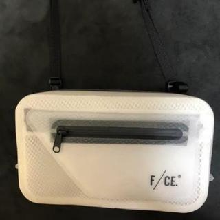 ステュディオス(STUDIOUS)のstudious 無縫製・完全防水 ショルダーバッグ 未使用(ショルダーバッグ)