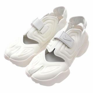 ナイキ(NIKE)の【24時間以内配送】ナイキ アクアリフト 24cm ホワイト 白(スニーカー)