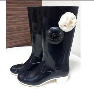 シャネル(CHANEL)のシャネル CHANEL カメリア レインブーツ 黒 36(レインブーツ/長靴)