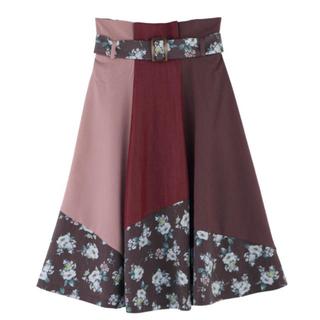 アクシーズファム(axes femme)のパッチワーク スカート(ひざ丈スカート)