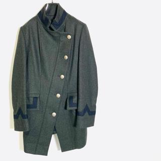 ヴィヴィアンウエストウッド(Vivienne Westwood)のヴィヴィアンウエストウッド アングロマニア アシンメトリー コート a841(ロングコート)