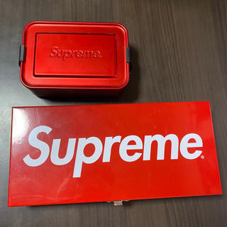 シュプリーム(Supreme)のsupreme metal box toolbox logo(小物入れ)
