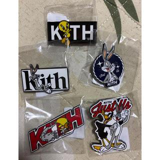 シュプリーム(Supreme)の【新品未使用】5個セット KITH X LOONEY TUNES PIN ピンズ(その他)